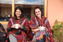 Mrs. K and Sophie in traditional ponchos from Chinchero. (Photo: JLambert)