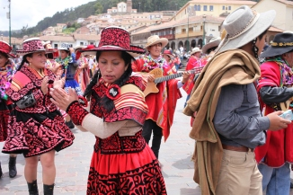 Dancers in Plaza de Armas celebrate harvest festival. (Photo: J.Lambert)